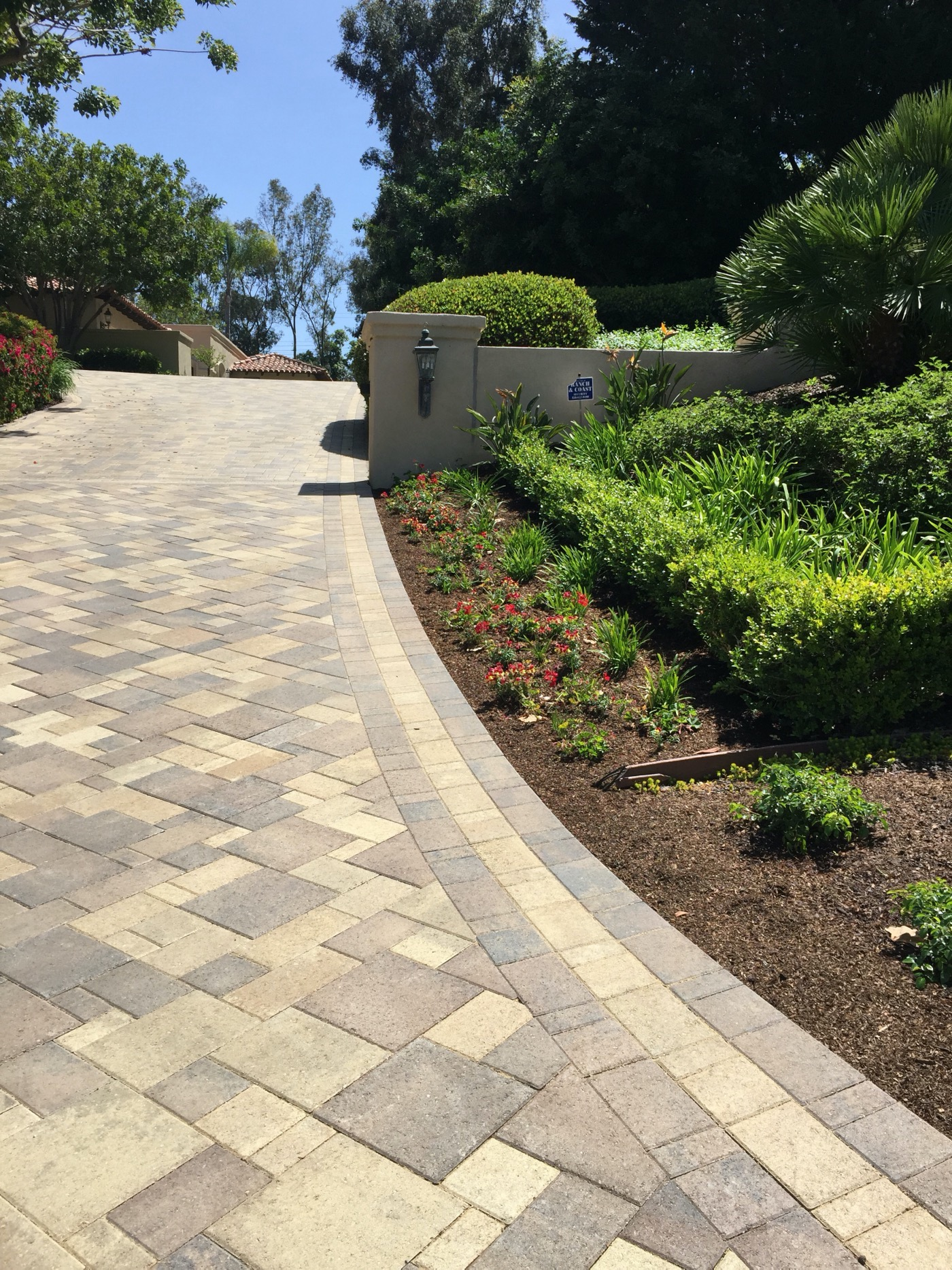 Signature Pavers | Southern California & Central Texas
